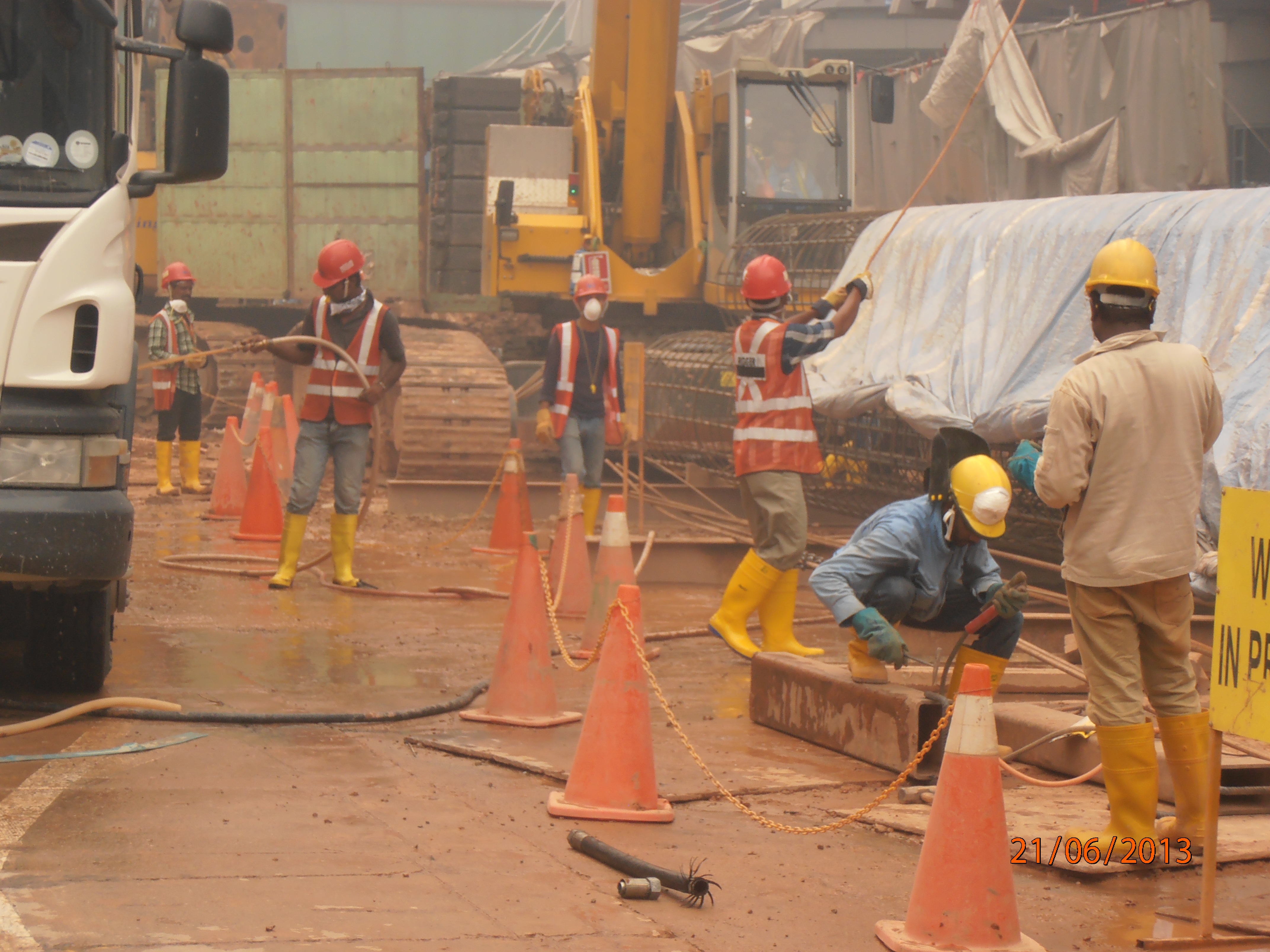 Half baked measures leave workers vulnerable to health for Site in construction